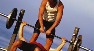 Как качать грудные мышцы