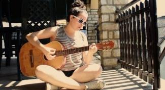 Как найти название песни
