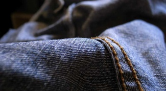 Как снять с одежды магнит
