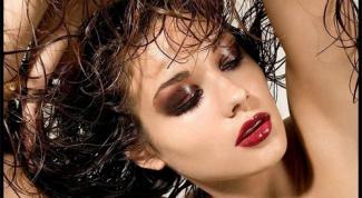 Как делать эффект мокрых волос