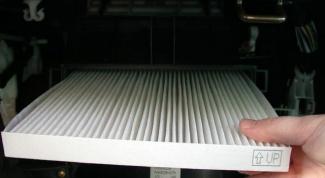 Как менять салонный фильтр
