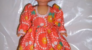 How to sew doll clothes