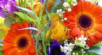 сделать букет цветов