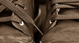 Как очистить соль с замшевой обуви