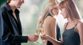 Как заставить ревновать девушку