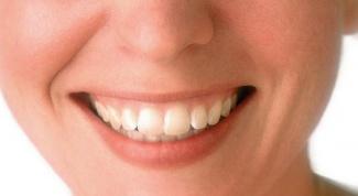 Как выпрямить зубы