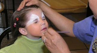 Как нарисовать зайца на лице