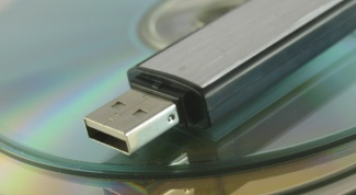 How to copy on a flash drive