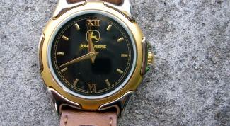 Как выставить часы