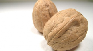 Как разбить орех