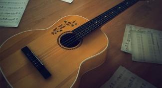 Как играть на акустической гитаре
