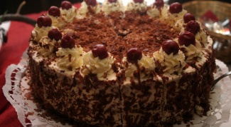 How to cook black forest cake with cherries