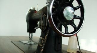 Как заправить нитку в швейную машинку