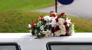 Как украсить свадебные машины