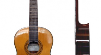 Как настроить классическую гитару