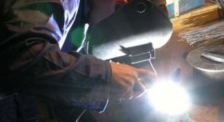 How to weld by electric welding