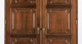 Как покрыть лаком двери