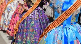 Как расшить платье