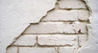 Как выровнять стены под обои