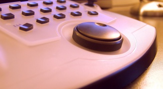 How to pick up a remote to the TV