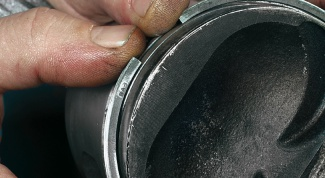 How to put piston rings