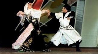 Как научиться танцевать лезгинку