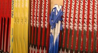 Как подготовить пластиковые лыжи