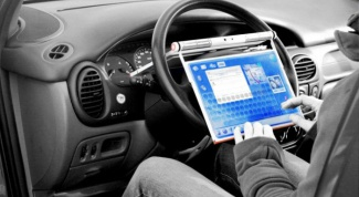 Как подключить ноутбук к автомобилю