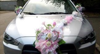Как украсить машину на свадьбу в 2017 году