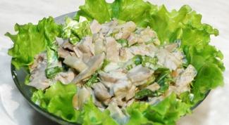 Как готовить салат из отварной куриной грудки