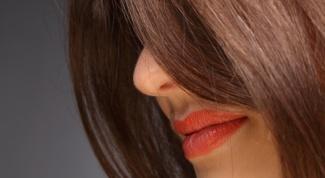 Как сделать волосы блестящими и гладкими