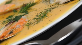 How to cook fish soup from canned food