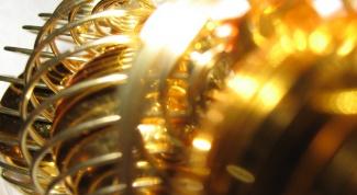 Как чистить золотые украшения