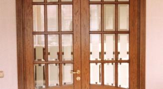 Как удалить пятно с двери