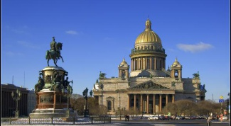 How to get a job in Saint-Petersburg
