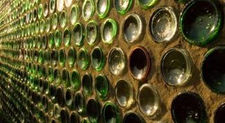 Как сделать дом из бутылок