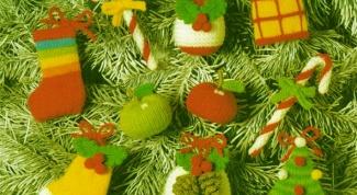 Как сделать своими руками новогодние игрушки на елку