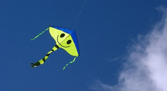 How to make a flying kite