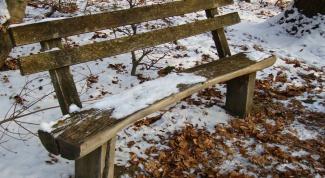 Как сделать самому садовую скамейку