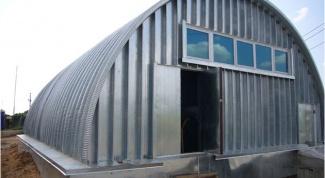 How to make a hangar