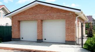 Как сделать ворота гаражные?