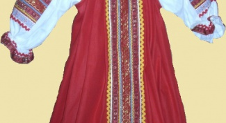 How to sew a Russian national sundress