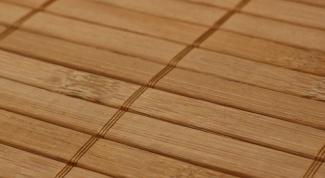 Как клеить бамбуковые обои