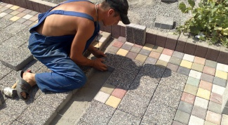 How to lay paving slabs