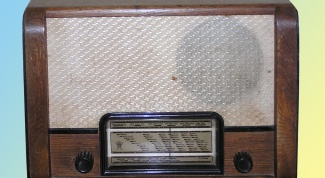 How to make a radio at home