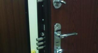 Как изготовить металлическую дверь