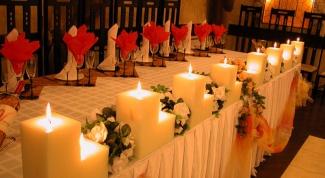 Как удалить пятно от свечи