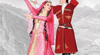 Как танцевать лезгинку