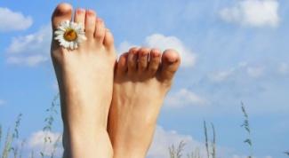 удалить мозоли на пальцах ног