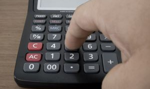 How to calculate logarithm with a calculator